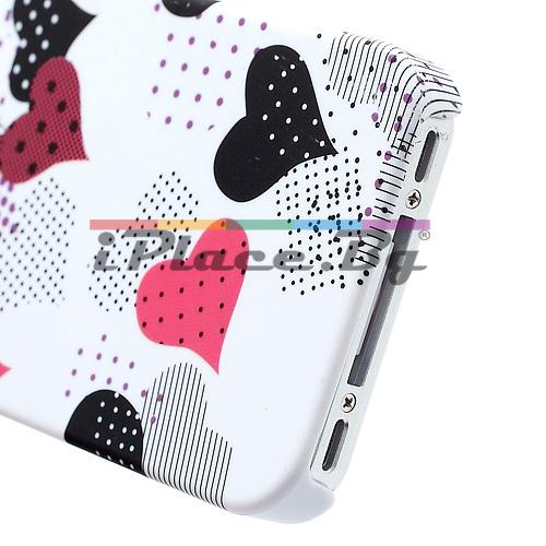 Пластмасов, бял панел - сърца за iPhone 4/4S